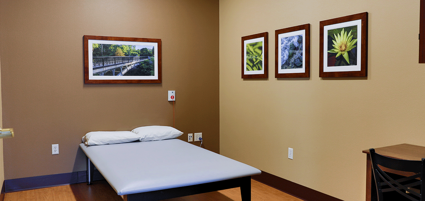 De Pere Rennes Health & Rehab Center Therapy Room